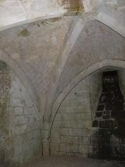 Eglise Saint-Martial - Français:   Crypte de l\'église de St-Martial-de-Mirambeau, Charente-Maritime, France