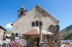 Château de la Brosse -  Exterieur de l'église Saint-Saturnin de Saint-Sorlin-d'Arves / Saint-Sorlin-d'Arves / Savoie / France