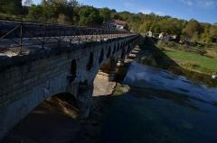 Ouvrages du canal de Berry - Français:   Vue de la face amont du pont canal de la Tranchasse (Cher)