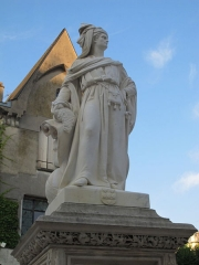 Monument à Jacques Coeur - English: Jacques Coeur monument in Bourges