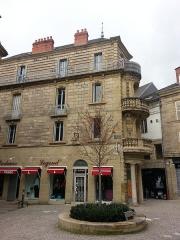 Immeuble -  Façade de la maison Renaudie à Brive-la-Gaillarde