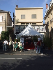 Cinéma Rex - English: The entrance of the cinema Rex, Brive la Gaillarde, France, during Icare, Responsible Tourism Festival, 2010 10 09.