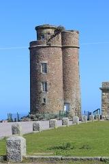 Phares du Cap Fréhel - Deutsch: Leuchtturm am Cap Fréhel, eine Landzunge in der Bretagne, Frankreich.