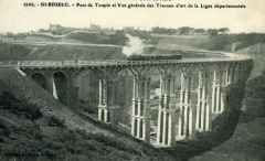 Viaduc de Toupin - Français:   Le viaduc de Toupin à Saint-Brieuc construit pour les Chemins de Fer des Côtes-du-Nord.