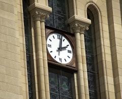 Eglise Notre-Dame - English: Clock from the Église Notre Dame à Bergerac.