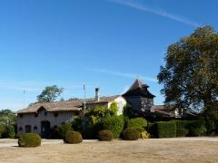 Château de Pouthet - Français:   Les nouveaux bâtiments des communs, château de Pouthet, Eymet, Dordogne, France.