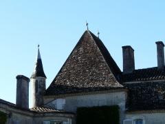 Château de Pouthet - Français:   Pavillon et tourelle à l\'angle sud-est du château de Pouthet, Eymet, Dordogne, France.