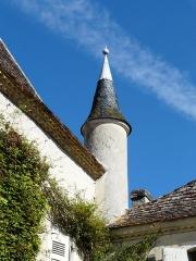 Château de Pouthet - Français:   Tourelle à l\'angle sud-est du château de Pouthet, Eymet, Dordogne, France.