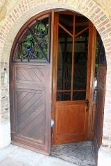 Maison de Monte au Lever - Français:   Porte principale de Monte au Lever.