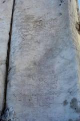 Monument aux morts - Français:   Le monument aux morts: les noms