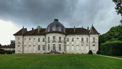 Château de Moncley - This building is indexed in the Base Mérimée, a database of architectural heritage maintained by the French Ministry of Culture, under the reference PA00101672 .