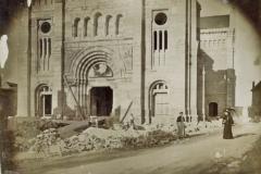 Basilique Saint-Ferréol et Saint-Ferjeux - English: The construction of the Basilique Saint-Ferjeux of Besançon(Doubs, France)