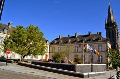 Ancien évêché (hôtel de ville) - Français:   Hôtel de ville de Saint-Pol-de-Léon (Finistère).