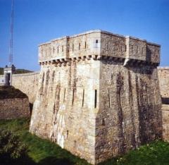Ensemble défensif de la pointe de Toulinguet -  Fort du Toulinguet