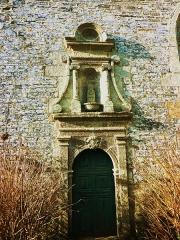 Chapelle Saint-Ildut - Français:   Sizun: Loc-Idut, porte d\'entrée de la chapelle