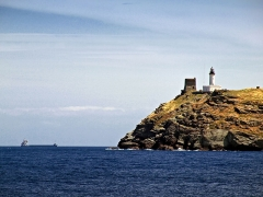 Chapelle de la Trinité - Ersa (Corse) - Tour génoise et phare de la Giraglia