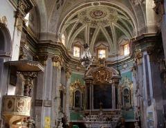 Eglise paroissiale Notre-Dame-de-l'Annonciation (Santa-Maria-Assunta) - Français:   Intérieur de l\'église de Muro (Haute-Corse): l\'abside.