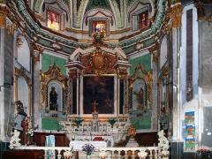 Eglise paroissiale Notre-Dame-de-l'Annonciation (Santa-Maria-Assunta) -  Muro, Balagne (Corse) - Chœur de l'église de la Santissima Annunziata: autel du maître autel et clôture de chœur sont classés.