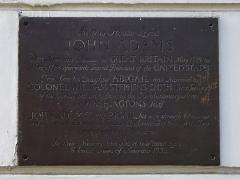 Ensemble constitué de la rampe Saint-Charles, de l'escalier et du jardin Romieu - English: Bronze plaque erected in 1933 at 9 Grosvenor Square, London W1K 5AE by the Colonial Dames of America