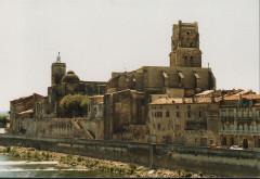 Eglise paroissiale Saint-Saturnin -  Pont-Saint-Esprit, France