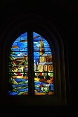 Eglise paroissiale Saint-Saturnin - Deutsch: Bleiglasfenster in der Kirche Saint Saturnin in Pont-Saint-Esprit, Darstellung:?