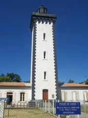 Phare de la Pointe de Grave - English: The Phare de Grave lighthouse and its museums, at the Pointe de Grave peninsula, in Gironde, France.