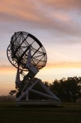 Observatoire aquitain des sciences de l'univers -  Würzburg radar converted to a radioteslecope after the war, at the Bordeaux observatory. Image cropped from Image:Bordeaux observatory würzburg radar rear view.jpg Copyright © 2006 Med