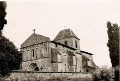 Château de Pitray - Gardegan-et-Tourtirac on post-cards