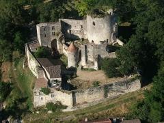 Maison de la cité Frugès - Vue aérienne sur la château de Langoiran