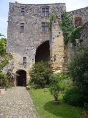 Maison de la cité Frugès - Châtelet du château