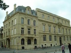 Faculté de médecine et de pharmacie - English: Bordeaux - July 2012