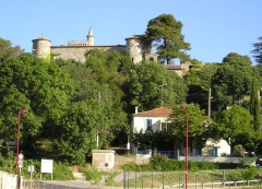 Château de Montarnaud - English: In Hérault, France, the castle of Montarnaud with the D111 road at the bottom.