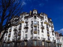 Malouinière de la Rivière, à Paramé - Immeuble Art Deco (avenue Jean Janvier, Rennes, France)