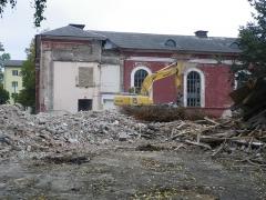 Malouinière de la Ville Azé - Eesti: Tartu Maarja kiriku juurdeehitis on lammutatud