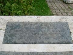 Maison du Peuple - Magyar: Bárány Róbert emléktáblála Egerben
