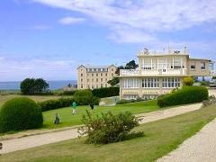 Club-House du Dinard Golf - Français:   le club house au golf
