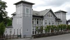 Domaine du manoir de Mouillemuse - English: Villa for Peter Jebsen (1869), Kalfarveien 77, Bergen, Norway. Architect: Franz Wilhelm Schiertz.