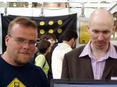 château - English: Rasmus Lerdorf (left) at LinuxTag