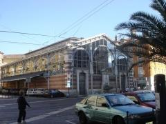 Marché couvert dit Halle Sainte-Claire -  Halle Sainte Claire, lieu d'un marché.