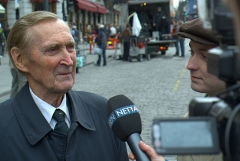 Château de la Sauge -  Interview with the Norwegian war hero Gunnar Sønsteby on location for the movie «Max Manus».  To the right is Knut Joner, who portrays Sønsteby in the film.