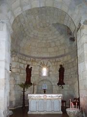 Eglise Saint-Martin -  Absidiole de gauche de l'église Saint-Martin de Pouillon