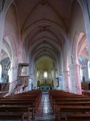 Eglise Saint-Martin -  La nef de l'église Saint-Martin de Pouillon