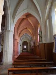 Eglise Saint-Martin -  Le collatéral droit de l'église Saint-Martin de Pouillon