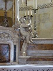 Eglise Saint-Martin -  Maître-autel (détail) de l'église Saint-Martin de Pouillon