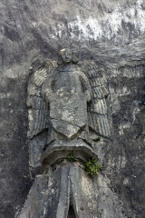 Maison forte de Tampouy - English:  A guardian angel shows the shield with the initials of a member of the family Laprade.