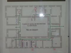 Château de la Tour-Maubourg - English: The plan of Maubourg Castle, main floor