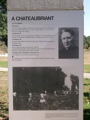 Monument aux fusillés - Panneau d'information présent sur le site de la Carrière des Fusillés de Châteaubriant, intitulé