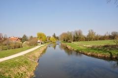 Site de Grignon - Français:   Site de Grignon, canal d\'Orléans, Vieilles-Maisons-sur-Joudry, Loiret, Centre, France