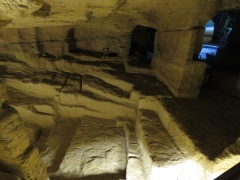 Site de la Seigneurie - Français:   Ancienne carrière de sarcophages.