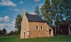 Manoir Saint-Ortaire ou manoir de la Mare du Dézert - English: Chapelle Saint Ortaire, manoir de Saint-Ortaire (propriété privée, 50620 Le Dézert, Normandie, France). Photo prise et publiée par les propriétaires.